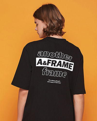 ANOTHER LETTERING T-SHIRT (BLACK)