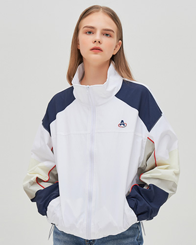 A FIVE-POINT COMBINATION WIND BREAKER (WHITE)