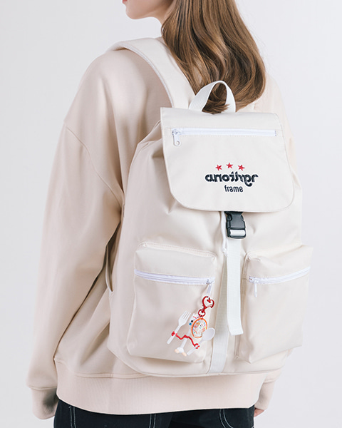 THREE STAR HOOD BACKPACK (IVORY)